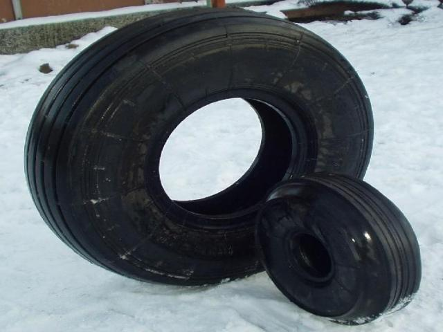 Miscellaneous, Tyres & Wheels For Aircrafts Yak
